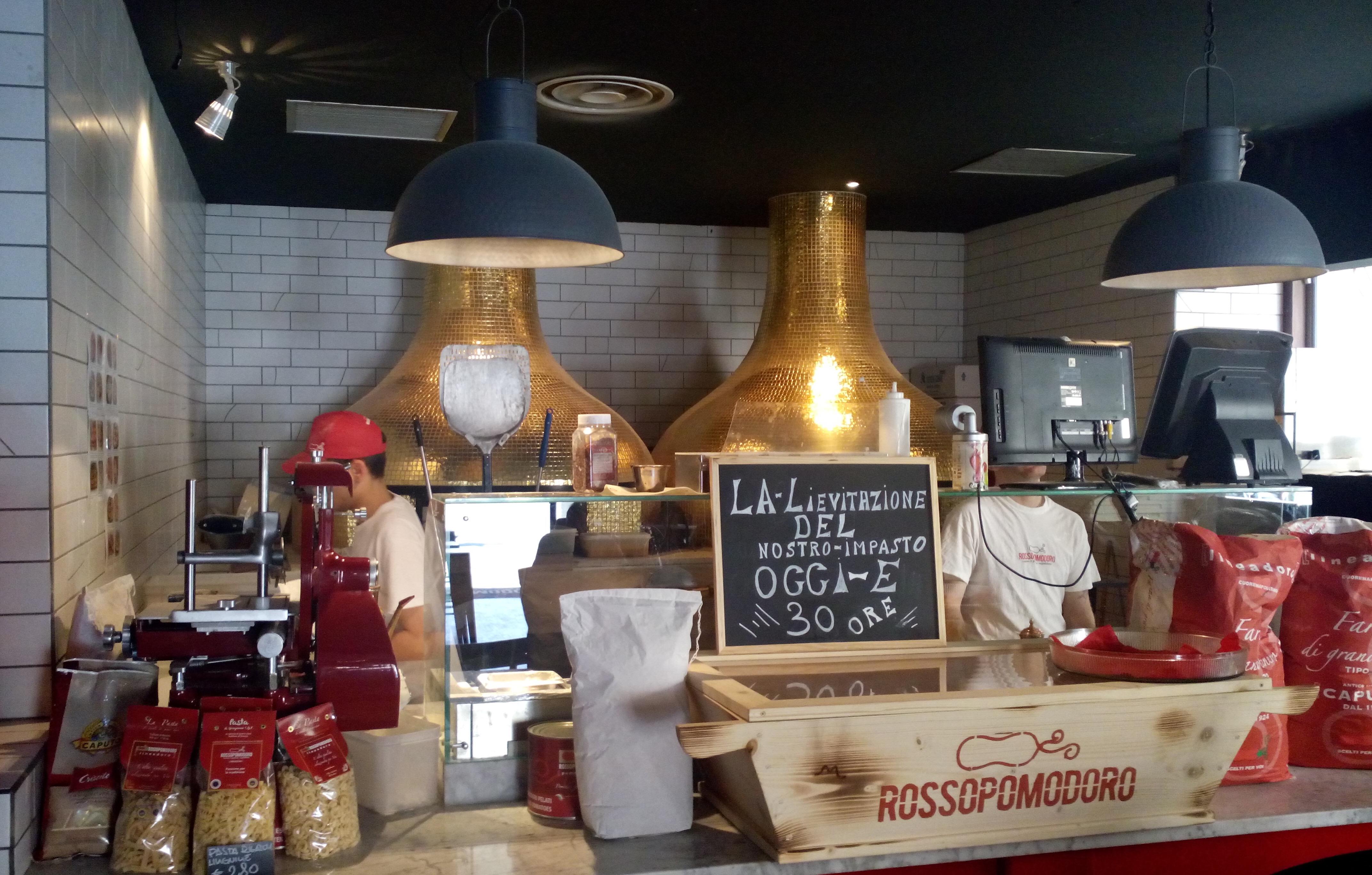 restaurant Rossopomodoro Rome