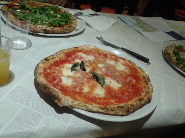 Pizza eten Napels