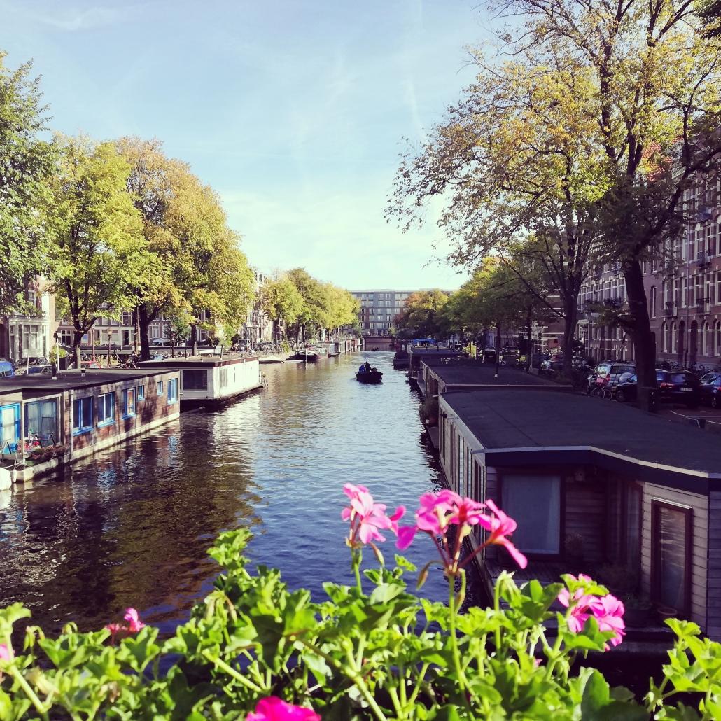 Amsterdam gracht nazomer